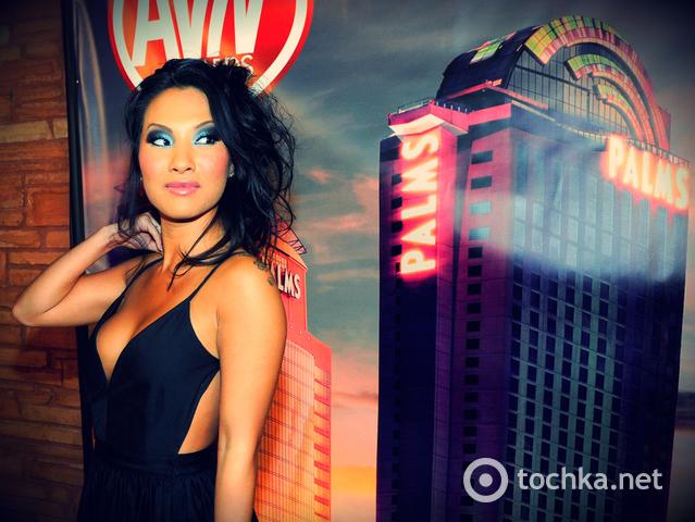 Порно актриса Аса Акира - звезда из страны Восходящего солнца (фото) .