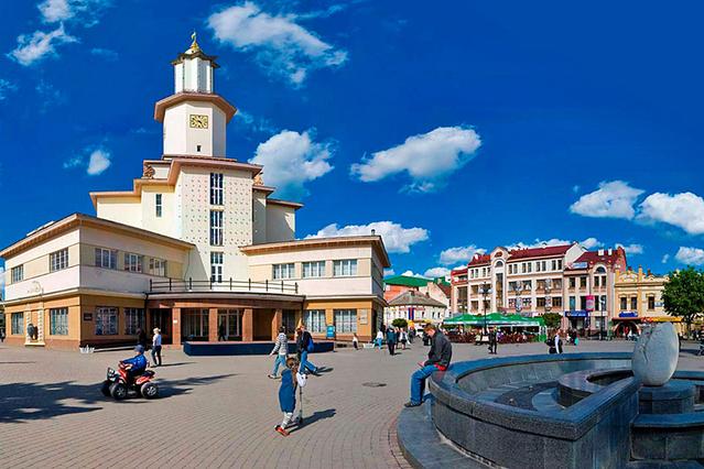 Ивано-Франковск: достопримечательности жемчужины западной Украины (фото)