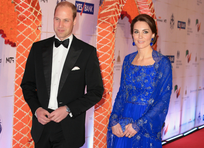 Образи Кейт Міддлтон в офіційному турі по Індії