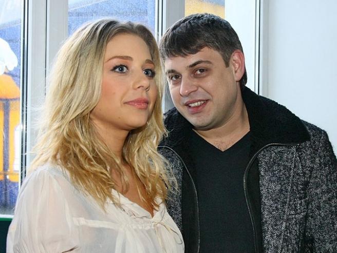 Известные. Муж любимицы Аллы Пугачевой – украинской певицы Тины Кароль Евгений Огир скончался на 32-м году жизни