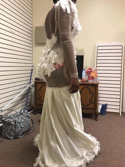 Беру два! Самое оригинальное платье на выпускной
