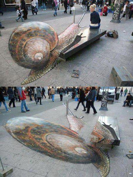 Креативное граффити на улице