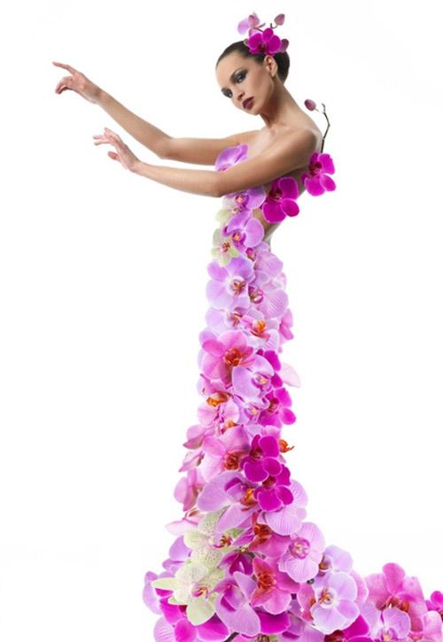Необычные платья из лепестков и цветов