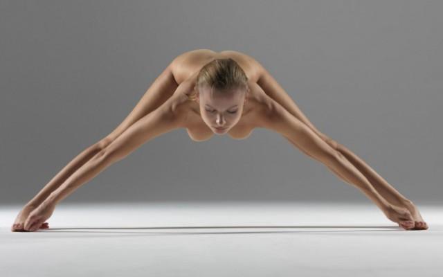 """Искусство владения свои телом """"Эротическая йога"""""""