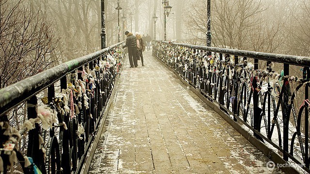 Фотокадр дня - Страница 9 -love-bridge-01